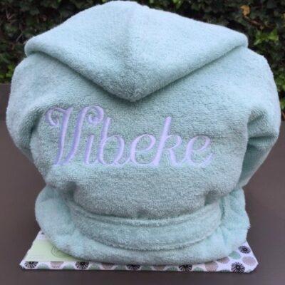 Pakket Vibeke: bestaat uit Badjas badstof kind - richtprijs 35 Euro